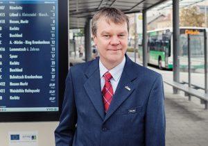 Den Verkehr fest im Blick: Jens Unger von der Verkehrsgesellschaft Meißen.