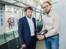 Martin Haase, Leiter Tarif/ Vertrieb im VVO und Markus Geuthner, Referent Tarif/ Vertrieb bei der DLB im Gespräch